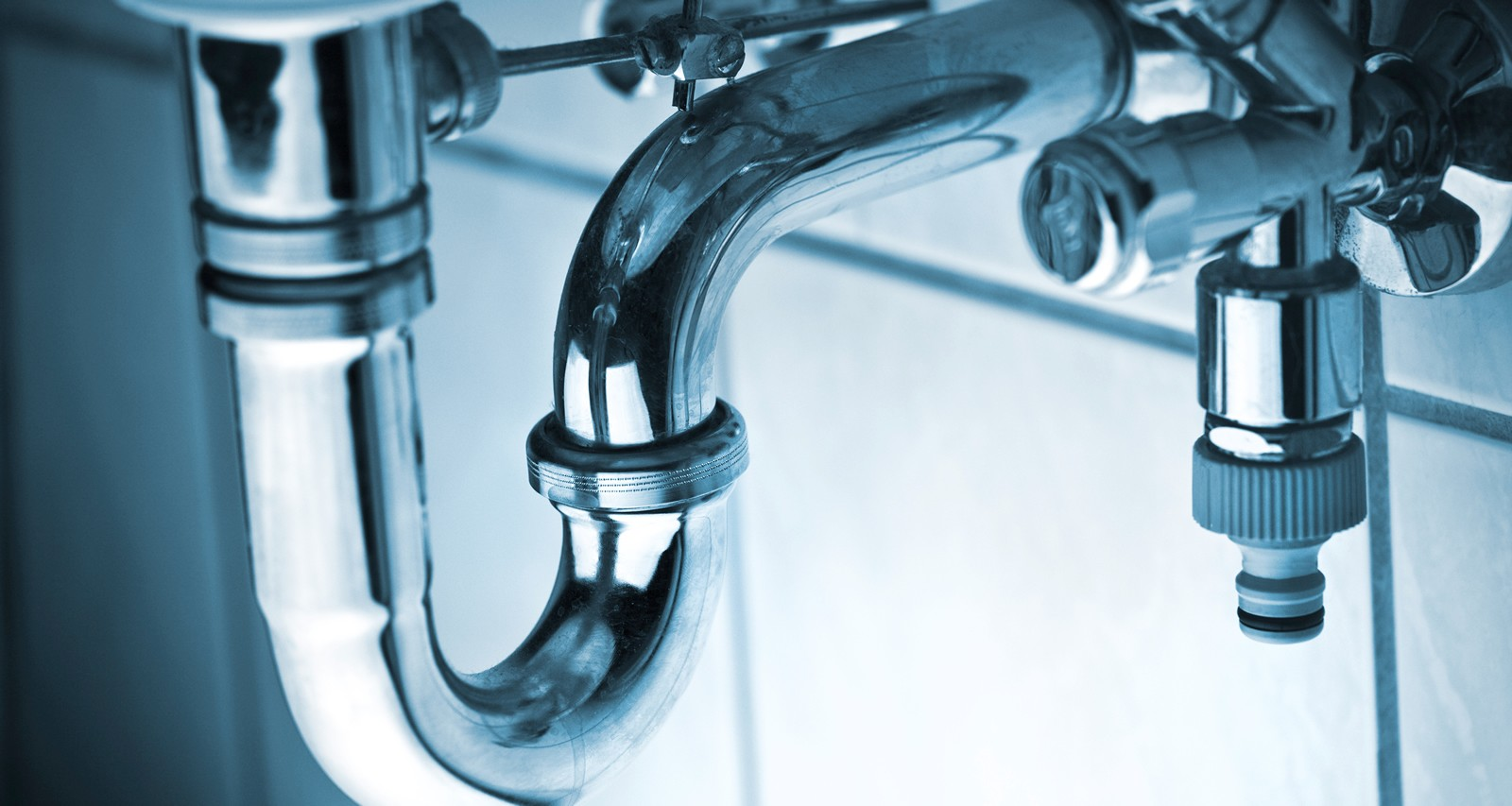 Important warning signs of plumbing problems in your home