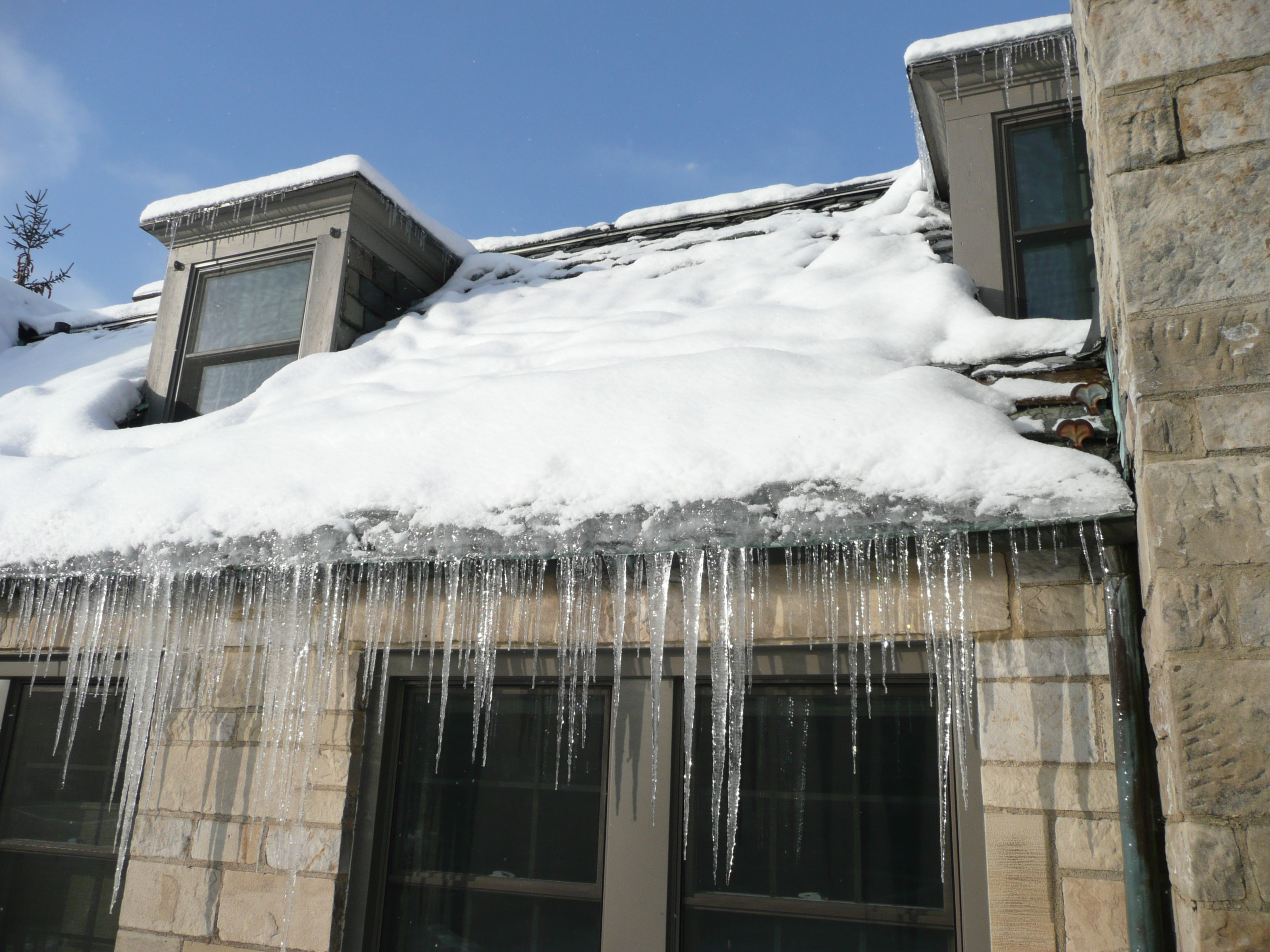 Lovely Three Easy Steps To Prevent Ice Buildup From Damaging Your Roof